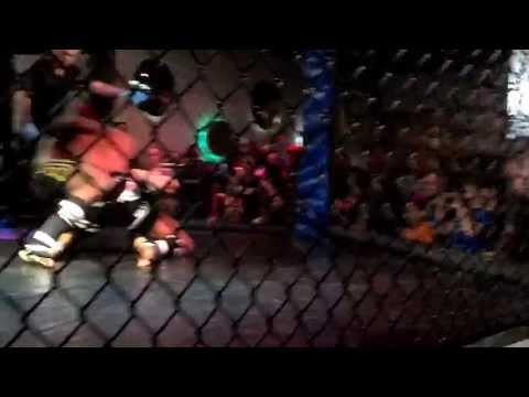 MMA Fights 2013 Ralph Delinois - Round 3