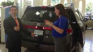 2014 Honda Odyssey is BETTER Than Toyota Sienna  Columbus Ohio - Minivan Review