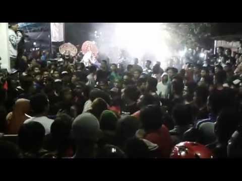 Download Lagu LEGOWO PUTRO pentas di PAKUNDEN kota KEDIRI MP3 Free