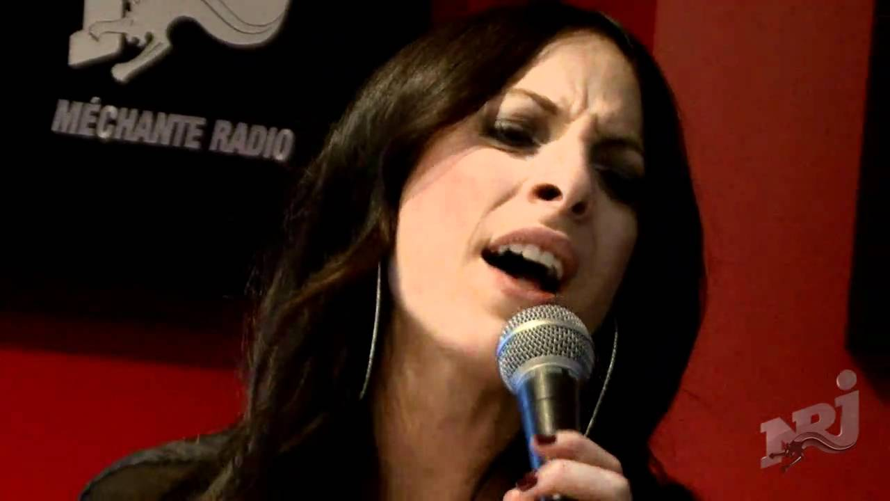Marie mai chante comme avant avec fred st gelais dans for Marie mai miroir youtube