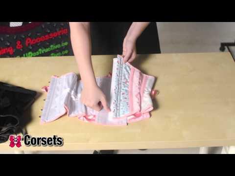 Miss Self.Destructive Corsets 1/3: Top, bustier y corsé