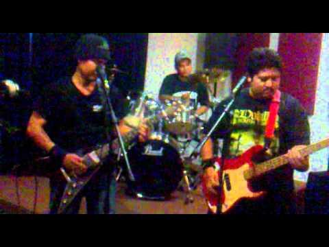 Skinbasher - Bapaku Pulang Dari Kota (versi Metal) video