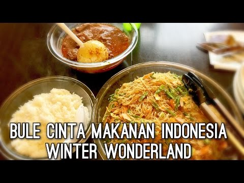 VLOG RENDANG & BIHUN GORENG | BULE DOYAN MAKANAN INDONESIA | BULE CINTA MAKANAN INDONESIA