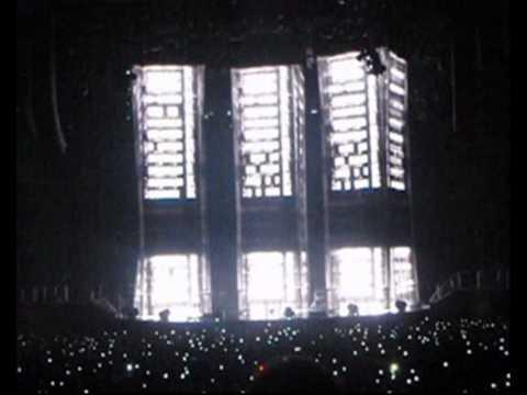 Concierto Muse en Madrid Palacio de Deportes 28 11 2009 Parte 1