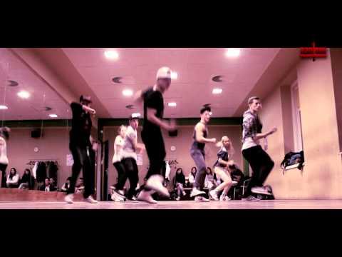 Chris Brown Turn Up The Music Choreo by: Duc Anh Tran DukiOfficial...