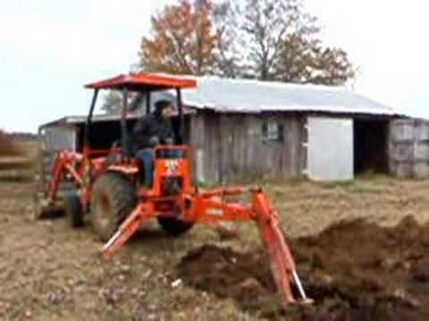 Mini backhoe Kubota Digging