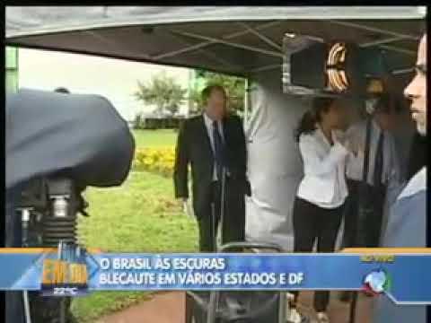 Repórter da Rede Record é humilhada pela Globo - Assessor dá fora ao vivo!