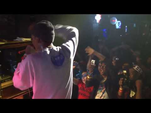 Wiz Khalifa - This Plane (live)  Nah Right X Tss  Sxsw video