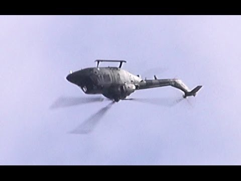 Amazing Army Lynx Helicopter Doing Back Flips.