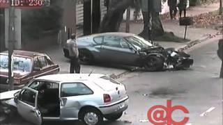 Acidente de carro entre Ferrari 456 e Gol na Argentina