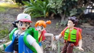 Random Bonus Action Figure Movie #18: Pok'emon In Spanish