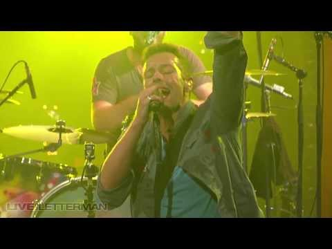 Coldplay - Yellow (Live @ Letterman, 2011)