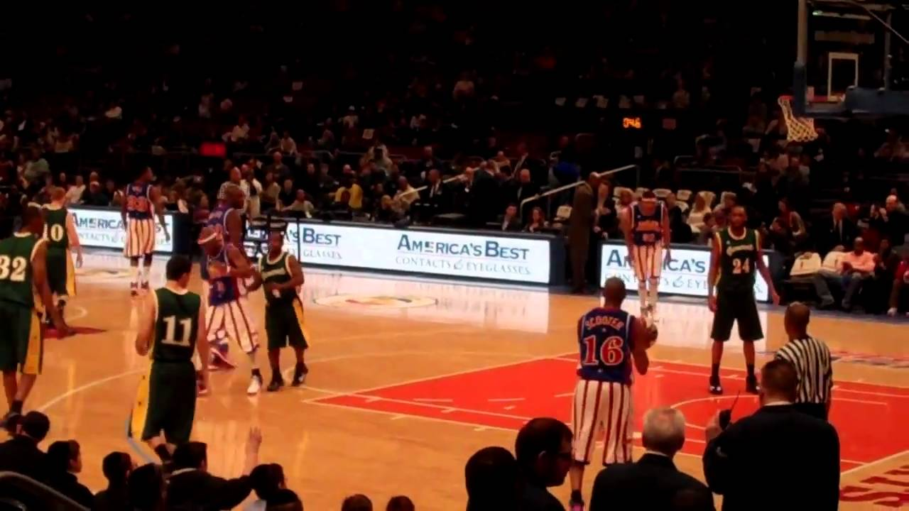Harlem Globetrotters Featuring Big Easy Defeat The Washington Generals On 2 19 11 Youtube