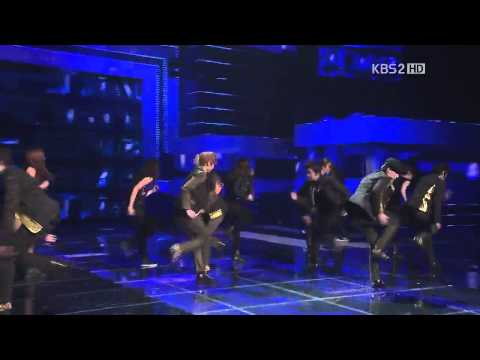 【hd繁中字】121228 Teen Top - Be Ma Girl + Crazy  2012 Kbs 歌謠大戰 video