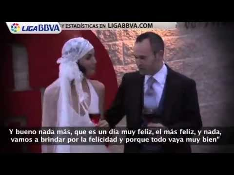 Andrs Iniesta se cas con Anna Ortiz - July 8th, 2012 EXLUSIVE