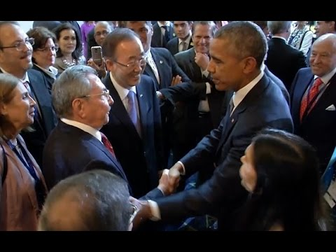 President Obama Meets Raul Castro , Makes History