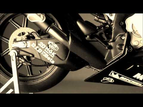 Yamaha YZR-M1   50th Anniversary Valencia Edition