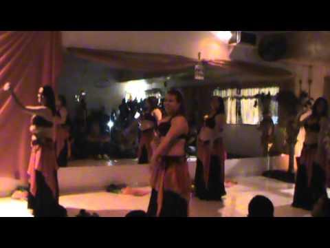 Turma Faiza Adduri - HarÉm TitÃs Cia De DanÇa - 23 11 2013 video