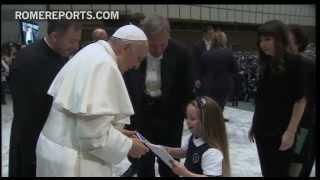 Romereports Vaticano Videos del Papa Francisco Homilias - Divertido y tierno encuentro entre el Papa y miles de niños de colegios jesuitas | Rome Reports