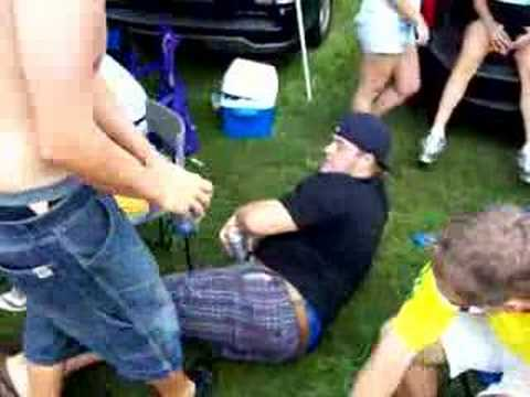 funny videos of people falling. Funny Drunk People Falling
