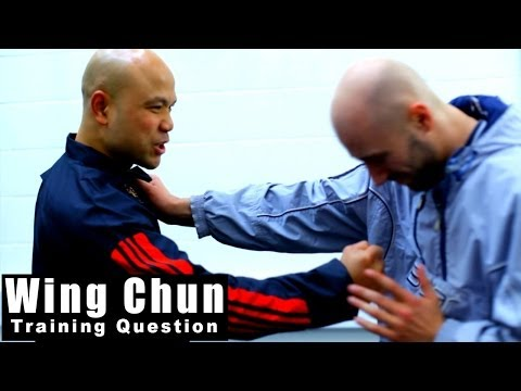 wing chun techniques how to destroy Chest Grab Q90 Image 1