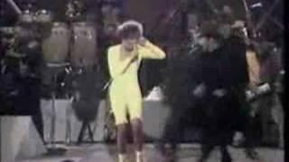 Whitney Houston I Wanna Dance With Somebody
