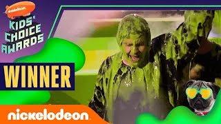 "David Dobrik Gets Slimed, Hugs Josh Peck, & Wins ""Favorite Social Star""   2019 Kids' Choice Awards"