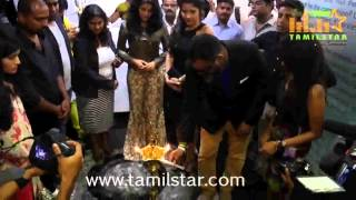 Sakshi Agarwal Inaugurates Essensuals Toni And Guy Salon
