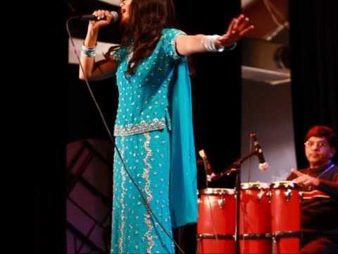 Dr. Adeeba Akhtar - Live Show- Ekbar Jodi Keu Bhalobasto (bengoli Love Song) video