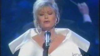 Watch Elaine Paige Dont Cry For Me Argentina video