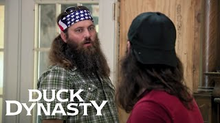 Duck Dynasty: The Coop Battle and the TV War (Season 7, Episode 7) | A&E