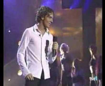David Bisbal - El Alma En Pie (live)