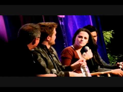 Rob Pattinson, Kristen Stewart, Taylor Lautner, Bill Condon - LA TwiCon 2011 full Q&A panel