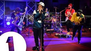 Download Lagu Bruno Mars Live Full Concert 2017 Gratis STAFABAND