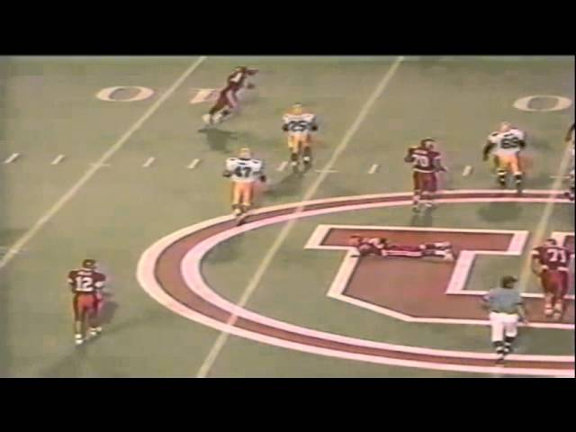 Oregon LB Terrell Edwards disrupts a screen pass on 3rd down vs. Utah 9-21-1991