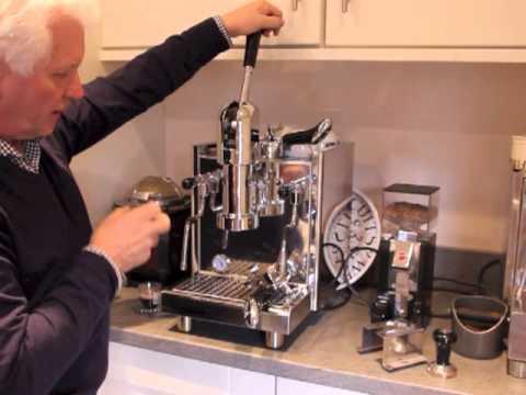 Making espresso and cappuccino with Bezzera Strega