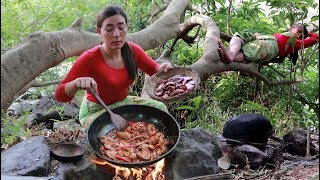 Cow kidney stir-fry with pepper and onion cooked in jungle for lunch– My food Daily II Ep 07