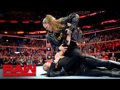 Ronda Rousey puts Stephanie McMahon in an Armbar: Raw April 9, 2018 thumbnail