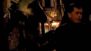 Lisa Kudrow - Ruff Ruff Ruff
