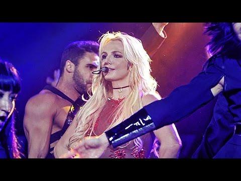Britney Spears - The B96 Pepsi Jingle Bash 2016 (12/10/16)