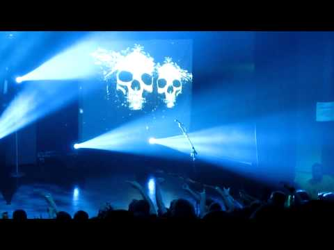 Chris Amott Solo/Michael Solo (Intermezzo Liberte) - Arch Enemy (live)