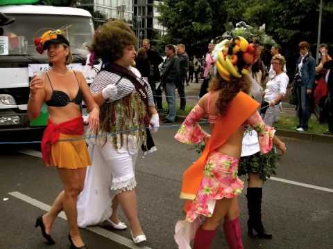 HONEYSUCKLE ROSE LIFE - Berlin Gay Pride Parade 2009