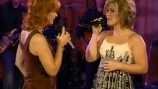 Reba McEntire & Kelly Clarkson - Because of you