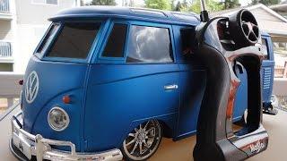 VW Maisto 1/10 Samba Bus w/MP3 Player