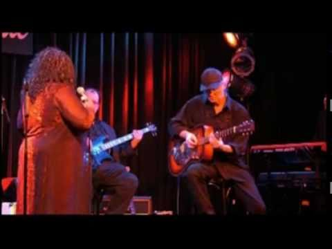 Jean Shy & The Shy Guys - Little Red Rooster - Live in Germany 2011