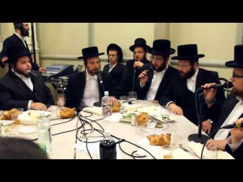 """Shira Choir Sings New Song At Bar Mitzvah - מקהלת שירה מבצעת ×�ת השיר החדש ׳×�×� הש×� ל×� ×™×'× ×"""" בית"""