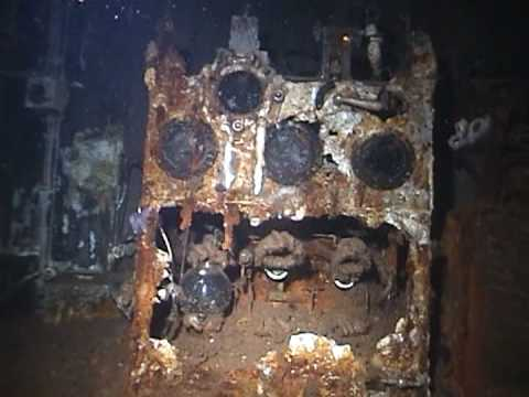 Wreck Penetration - The Radio Room on the Rose Castle