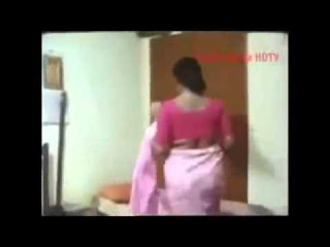 Chennai Aunty Plays Herself After Exited video
