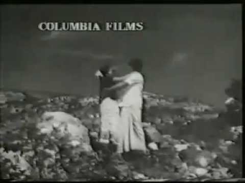Vizhiyile Malarnthathu Full Song Video - Bhuvana Oru Kelvikuri Movie Song - Rajini Hits