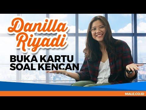 Download DANILLA RIYADI Blak-blakan Soal Pacaran & Kencan - Male Indonesia Mp4 baru
